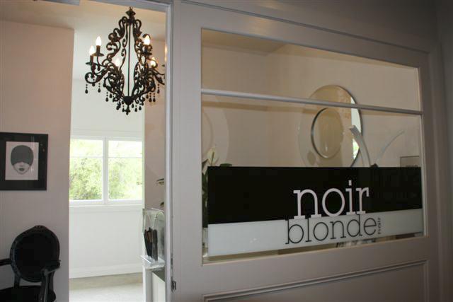 Noir Blonde Salon_9